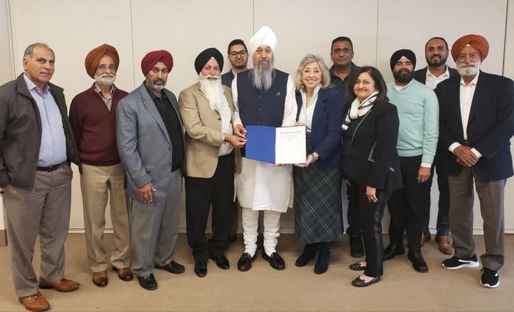 Congresswoman Dina Titus delivers a congressional record statement recognizing the 550th birth anniversary of Guru Nanak Dev Ji.